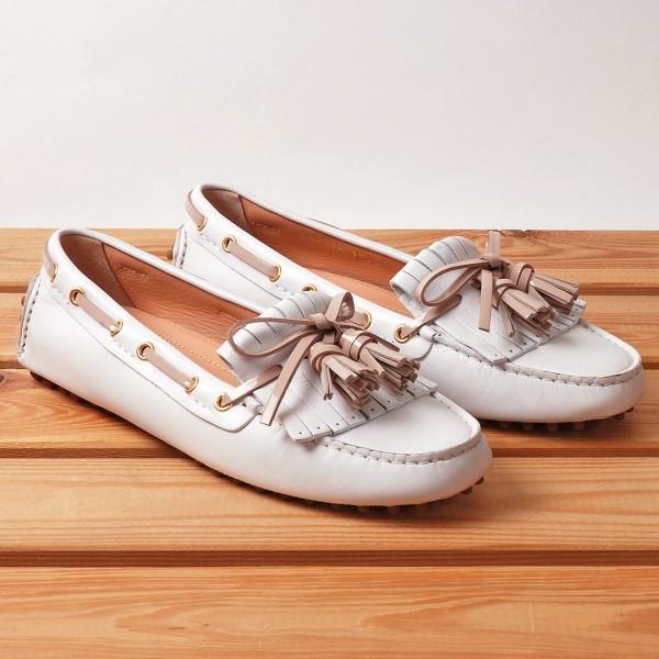 Mocasín Car Shoe bianco cipria